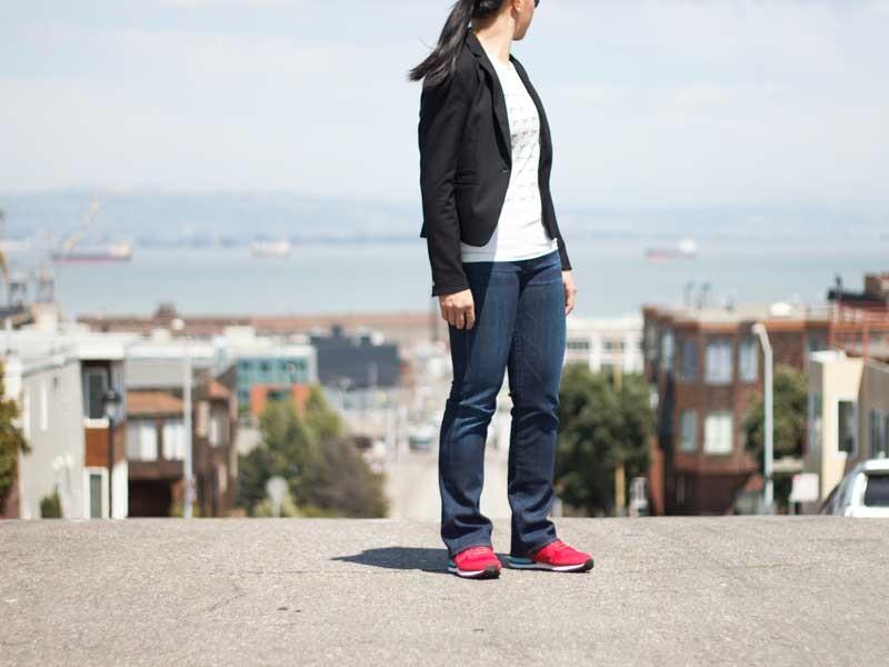 @hm #hm black blazer | @jcrew #jcrew logo tee | @ctznsofhumanity #ctznsofhumanity jeans | @nike #nike red sneakers | www.shoppingmycloset.com