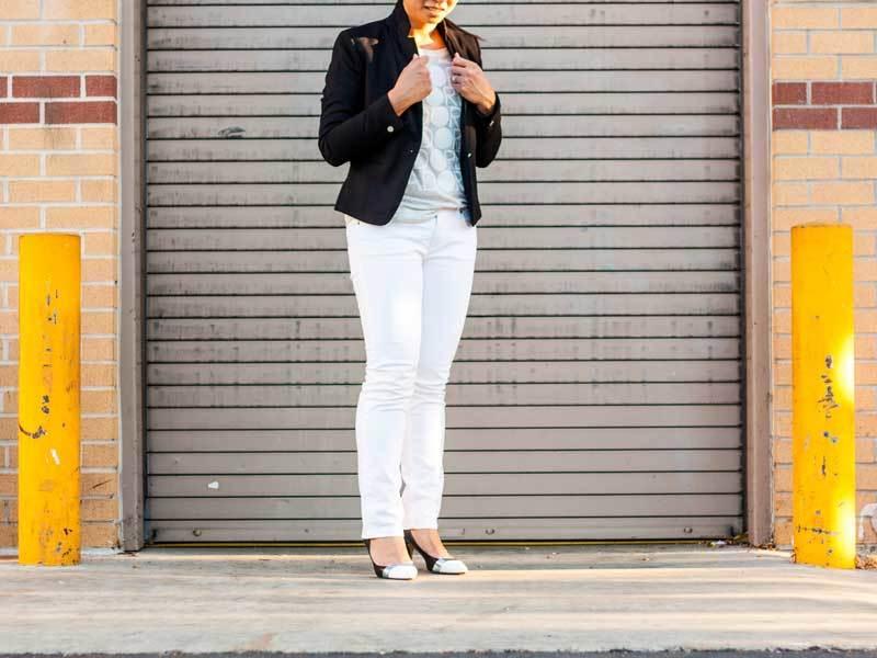 Black blazer | graphic tee | white denim jeans | heels | www.shoppingmycloset.com @hm #hm @oldnavy #oldnavy @jcrew #jcrew @solesociety #solesociety