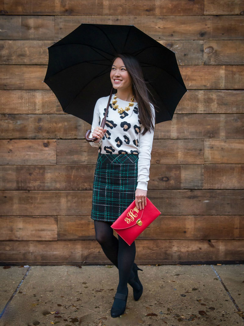 Pattern-Mix-Christmas-Grace-in-Style-Kate-Spade-JCrew-Gap-Benevolent-Jewels