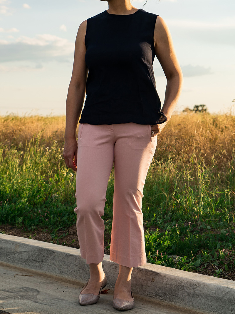 Navy blue sleeveless blouse | pink crop pants | pink snakeskin flats | www.shoppingmycloset.com    @vincesays #vince @jcrew #jcrew @vincecamuto #vincevamuto