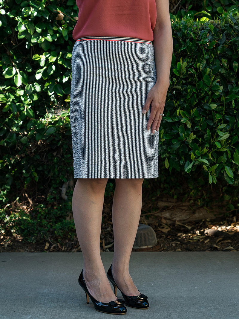 Coral silk blouse | stripe pencil skirt | black bow heels | www.shoppingmycloset.com     @vincesays #vince @jcrew #jcrew @ferragamo #ferragamo