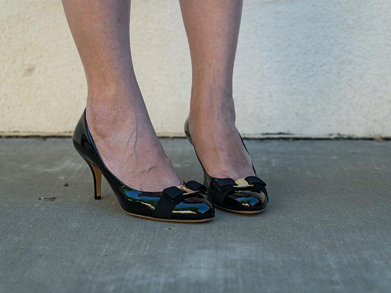 Navy blazer | stripe dress | bow heels | www.shoppingmycloset.com     @jcrew #jcrew @katespade #katespade @ferragamo #ferragamo