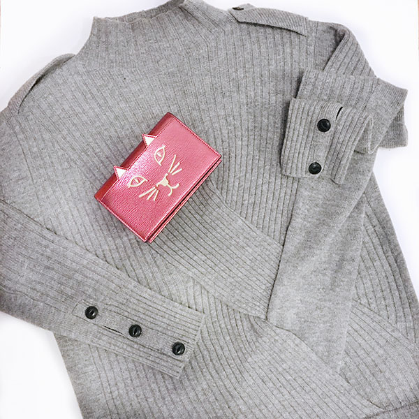 Grey military-inspired sweater | kitten purse | www.shoppingmycloset.com @ragandboneny #ragandbone @colympia #charlotteolympia