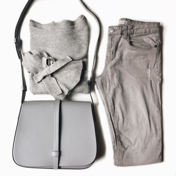 Grey bell sleeve sweater | grey jeans | grey saddle bag purse | see the look at www.shoppingmycloset.com