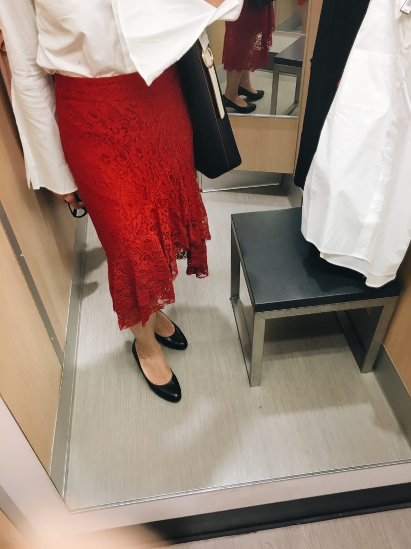 Red lace skirt (http://fave.co/2wyV9vk) | www.shoppingmycloset.com