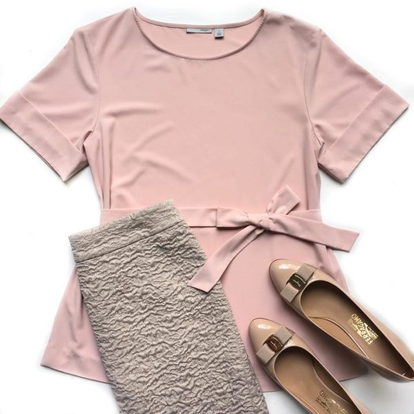 Blush pink waist tie shirt | textured skirt | bow heels  | see all the looks at www.shoppingmycloset.com #pinkoutfit #workoutfit