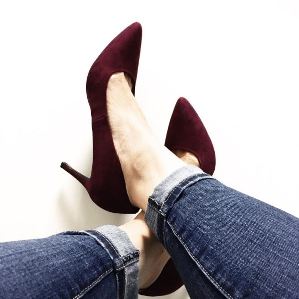 Burgundy heels  | see all the looks at www.shoppingmycloset.com