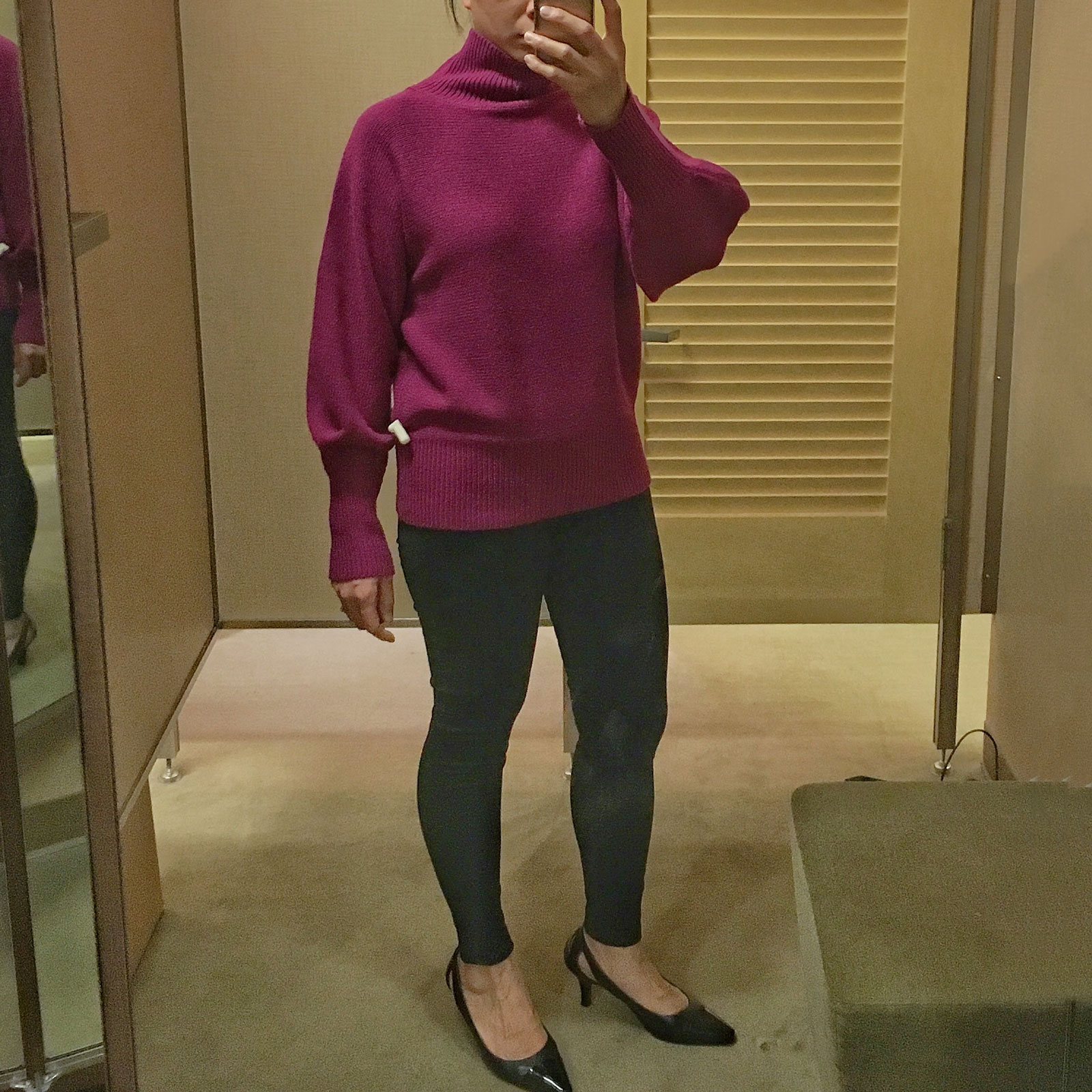 Fuschia pink oversized sweater    see the details on www.shoppingmycloset.com