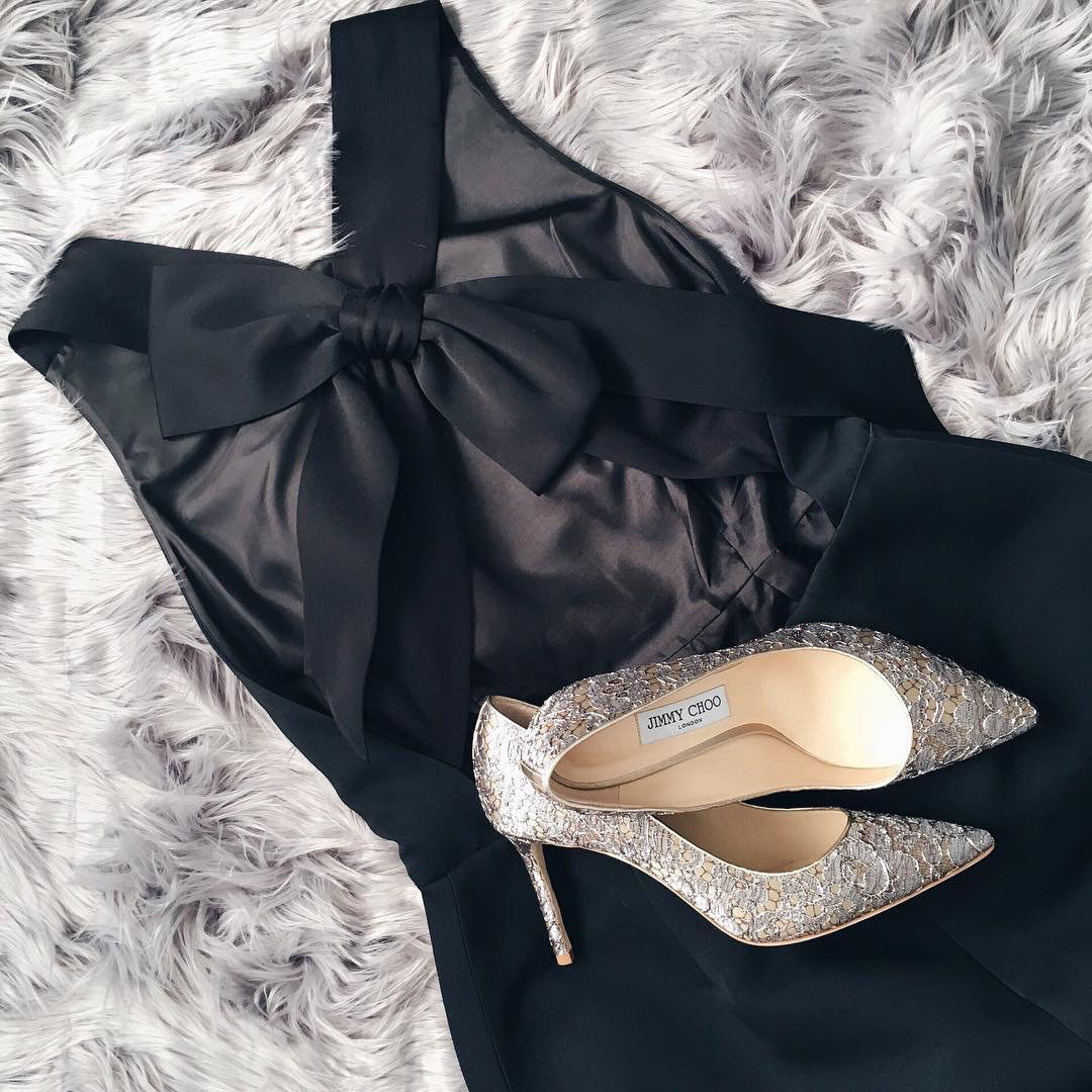 Black bow back dress | silver & gold shimmery heels |  www.shoppingmycloset.com