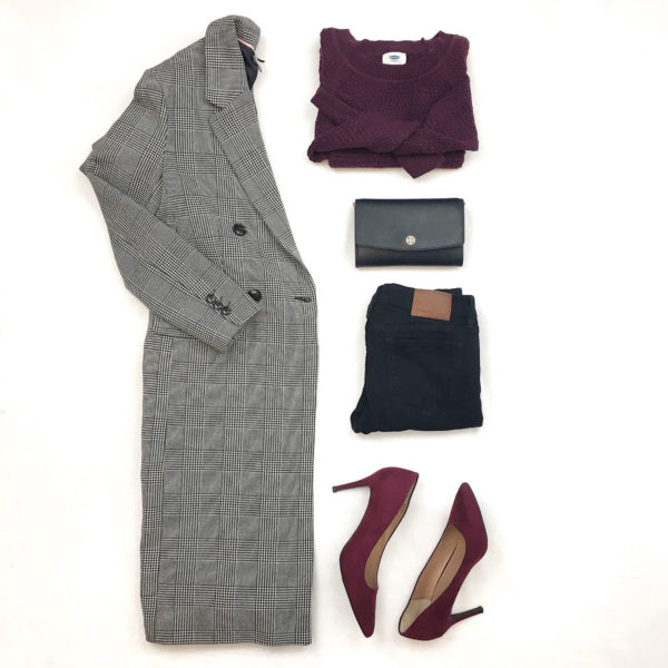 Plaid long coat | burgundy sweater | black clutch | black jeans | burgundy heels |  www.shoppingmycloset.com